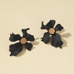 2/$20! Black Orchid w/Gold Center Stud Earrings